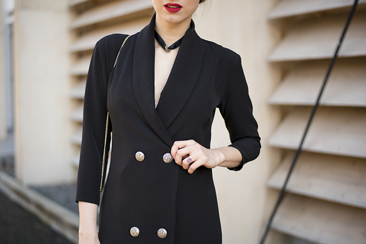 black blazer dress diy choker necklace