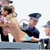 ၂၀၁၆ ခုႏွစ္ရဲ ့အေကာင္းဆံုးနဲ ့အရယ္ရဆံုးဆိုတဲ့ ဟာသေတြကို တစ္စုတစ္စည္းတည္း ၾကည့္ရမယ့္ ဗီဒီယို