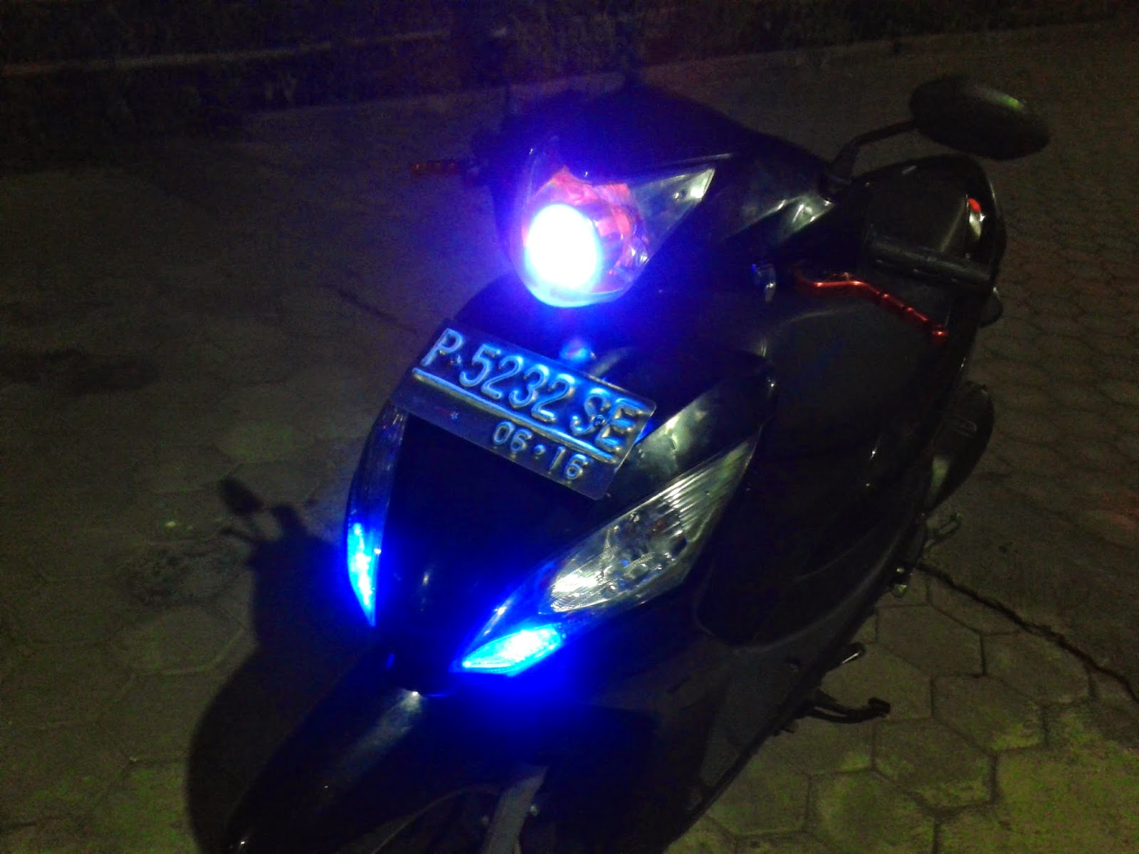 Download 81 Modifikasi Motor Matic Honda Spacy Terupdate Dinding Motor