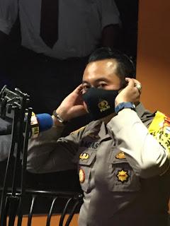 Kapolsek Ujung Pandang Sosialisasikan Protokol Kesehatan Lewat Talk Show di Radio
