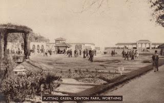 Putting Green, Denton Park, Worthing - postcard. Unposted. Undated