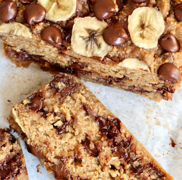 4-INGREDIENT FLOURLESS CHOCOLATE CHIP BANANA BREAD #healthydiet #recipes