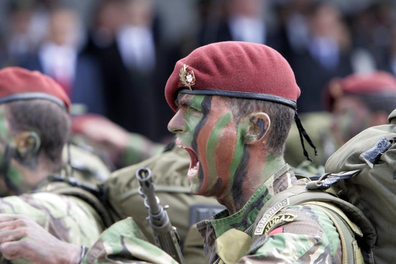 767a28e12f8b0 Os soldados Comandos que participaram em operações ativas  mais de 9000  homens(510 oficiais