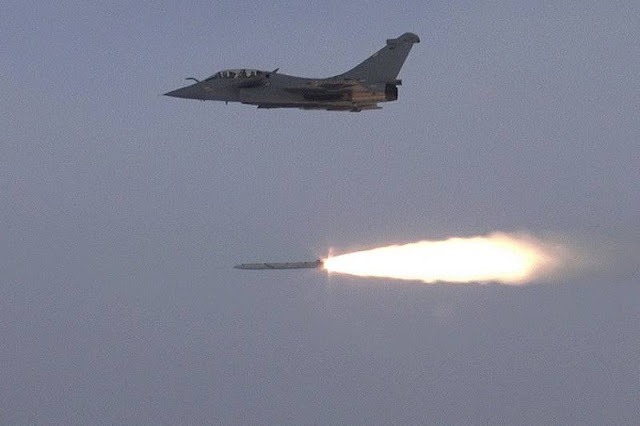 French Rafale test ASMPA missile