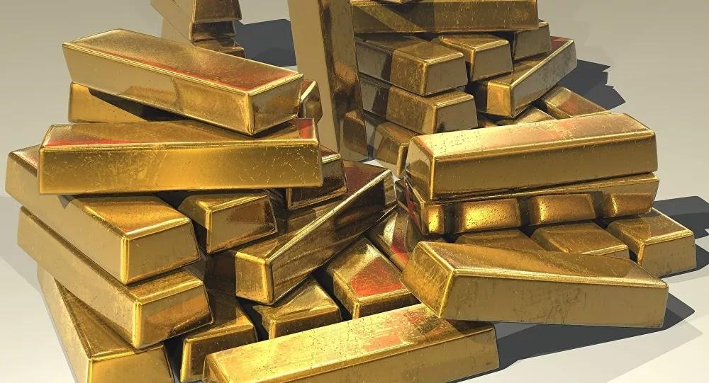 INSOLITE : Un trésor estimé à 500.000 euros découverts dans des bocaux à cornichons dans le Jura