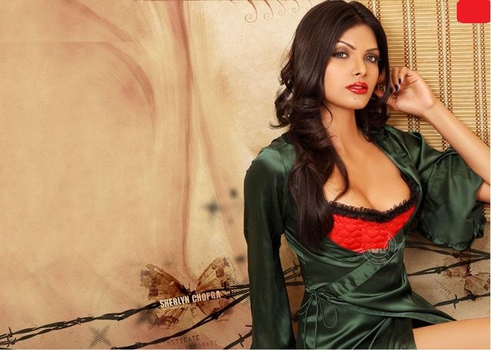 Sherlyn Chopra Full Nude Photo