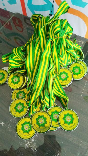Medali SMA Sains SIAK