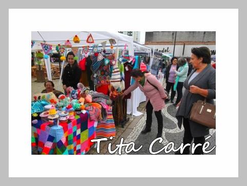 A tenda de crochet colorido no Jornal