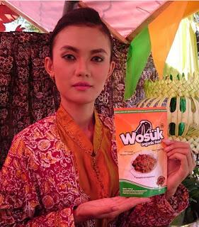 Wosuk (Serundeng Rempah)
