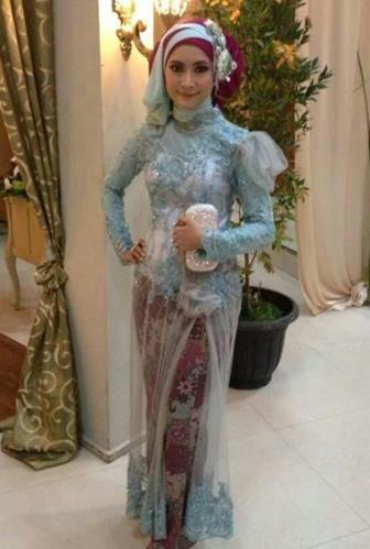 Model Kebaya Muslim Modern Untuk Pesta Paling Kekinian