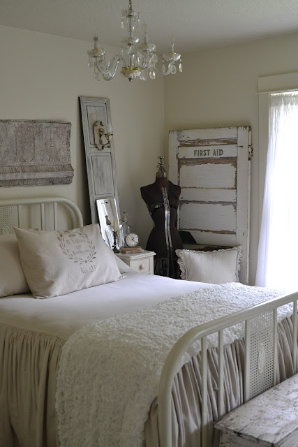 Tuesday S Farmhouse Fancy Wrought Iron Beds