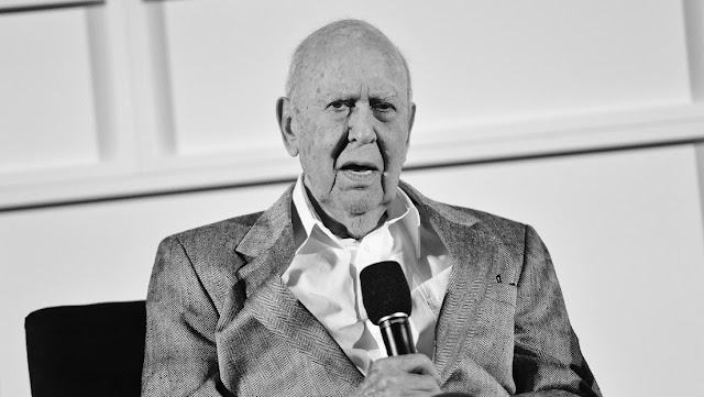 La estrella de Hollywood Carl Reiner fallece a los 98 años