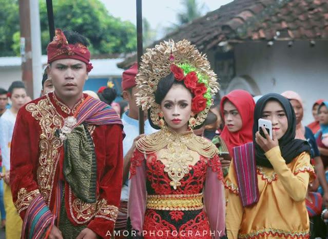 Sabar, warga Lombok Timur belum diizinkan Nyongkolan