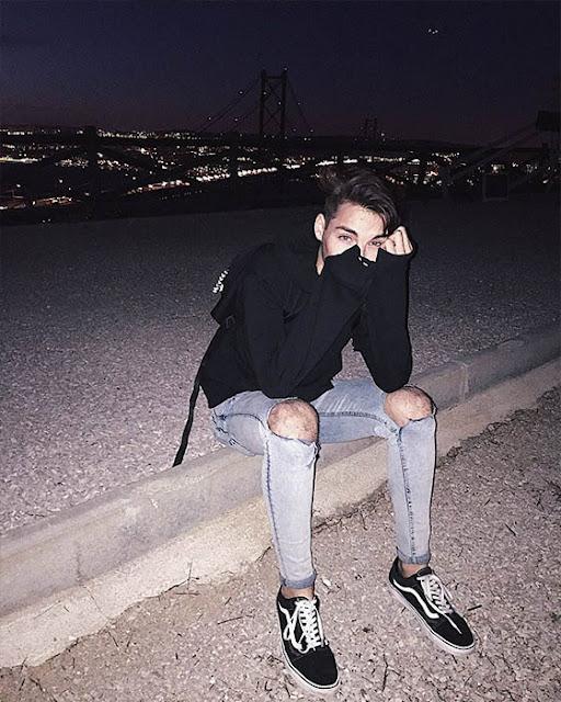 poses tumblr sentado