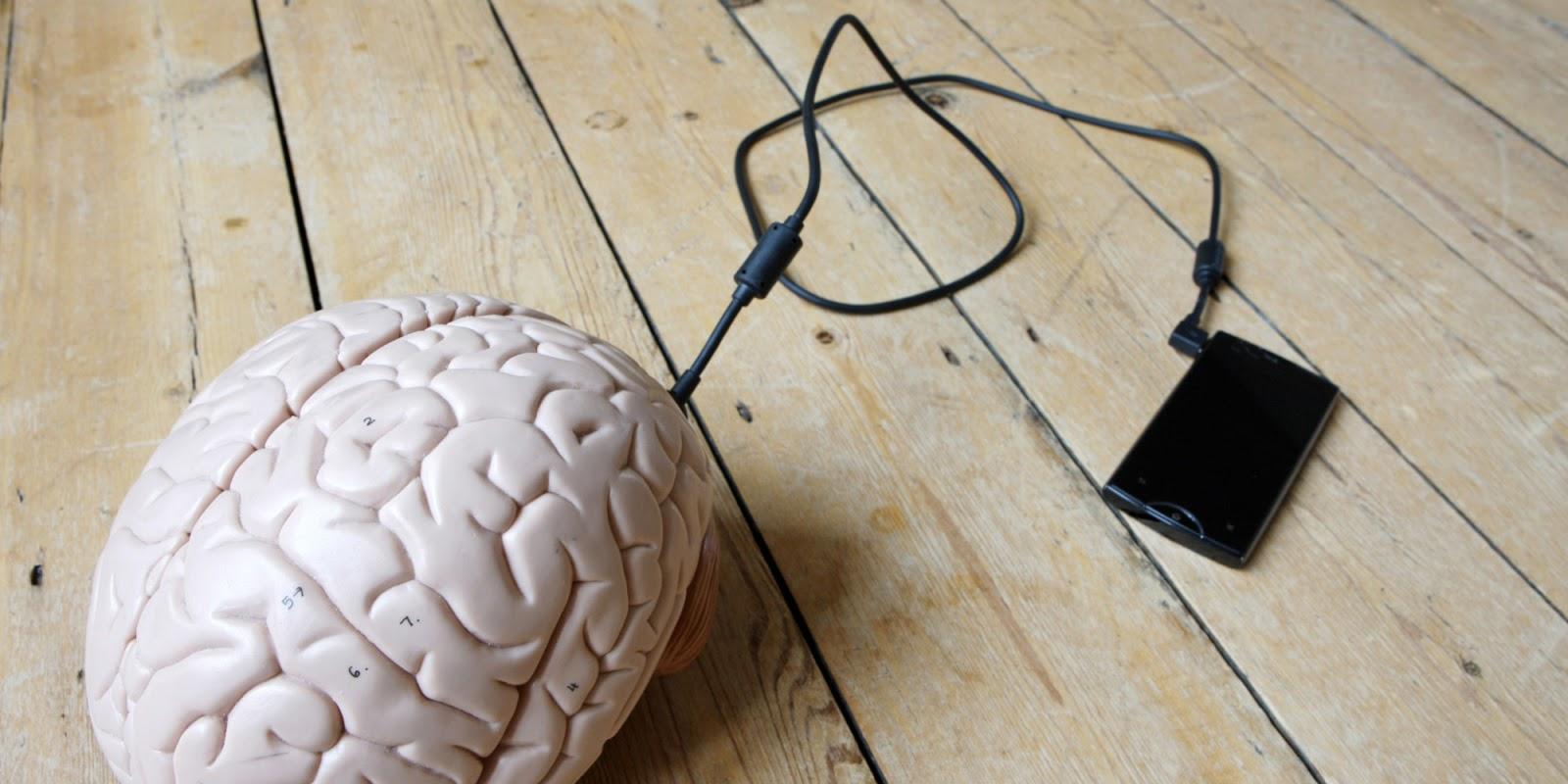 smartphone cervello