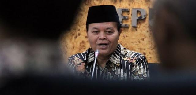 Pemerintah Jokowi Naikkan BBM, Hidayat Nur Wahid Geleng-geleng: untuk Kesekian Kali…
