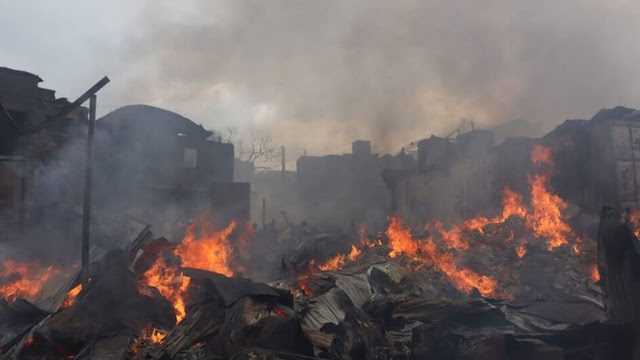 Videos and Photos of Gikomba market on fire