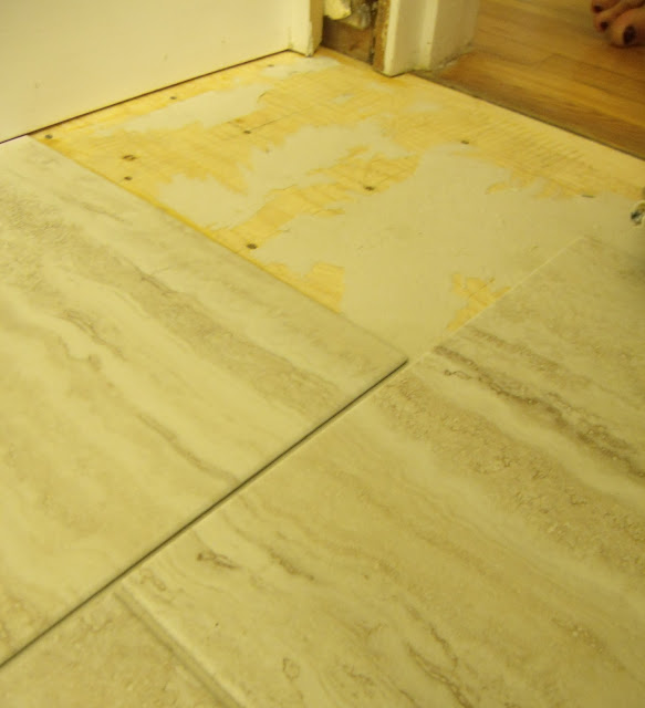 How To Lay Vinyl Floor Tiles In Bathroom: Frugal Family Times: How To Install Peel And Stick Vinyl