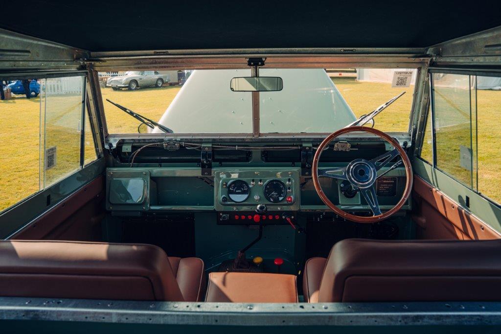لاندروفر سيريز 2 إيه الكهربائية مقصورة القيادة