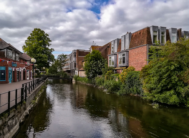 Photo of looking along the River Avon in Salisbury