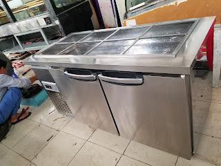 Sửa chửa tủ bàn mát inox Salads tại Huế