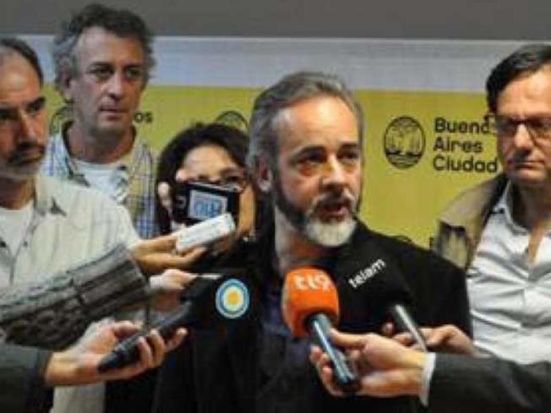 Docentes de Buenos Aires ratifican lucha tras rechazar propuesta