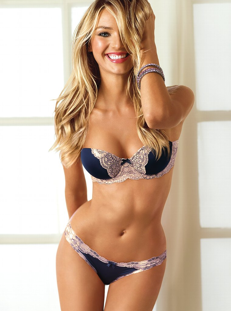 158b1a55fcf Candice Swanepoel – Victoria s Secret