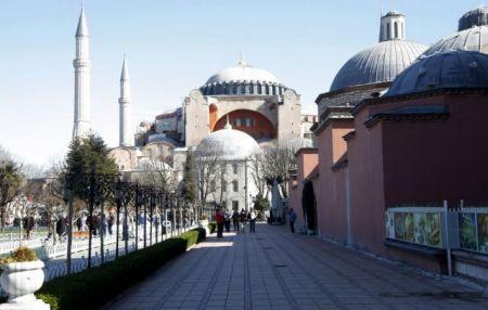 Πώς Αθήνα και ΕΕ θα της βάλουν «φρένο» στον Ερντογάν
