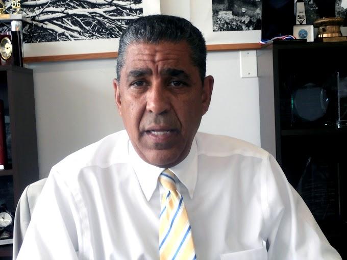 Espaillat acusa de negligencia autoridades de salud por muerte de víctima de Legionario en el Alto Manhattan