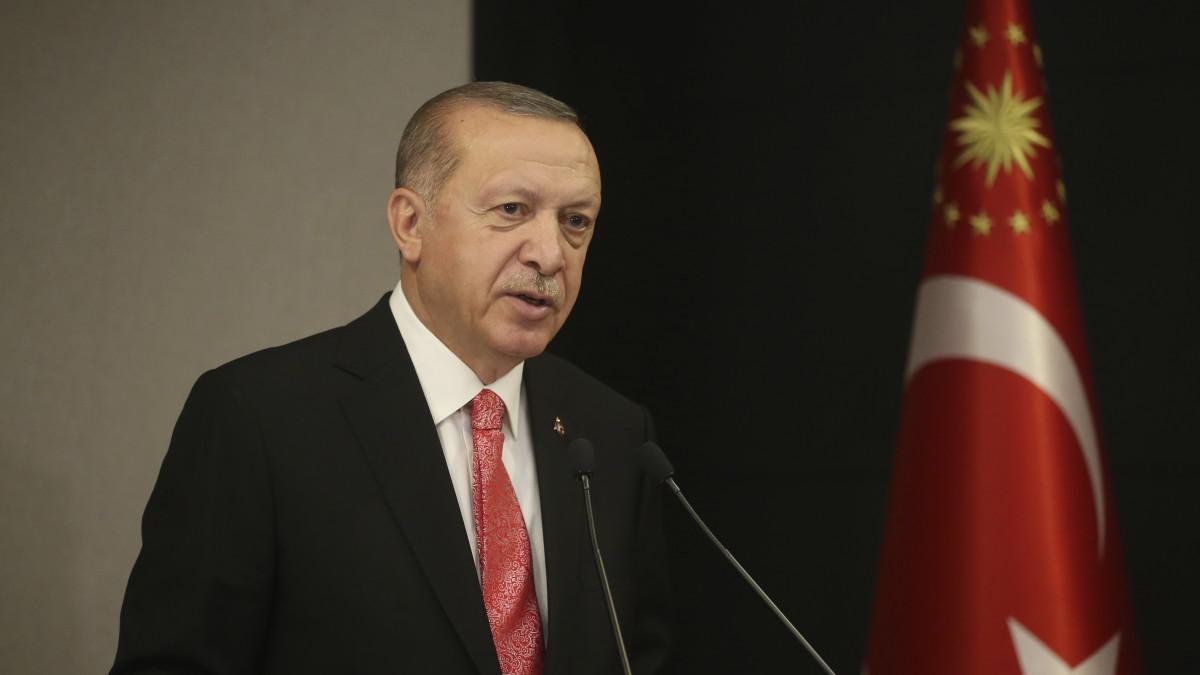 Ερντογάν: Εάν επιτεθείτε στο Ορούτς Ρέις, θα πληρώσετε βαρύ τίμημα