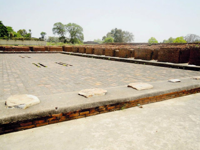 A monastery with the typical square layout, surrounded by 34 rooms, at Nalanda