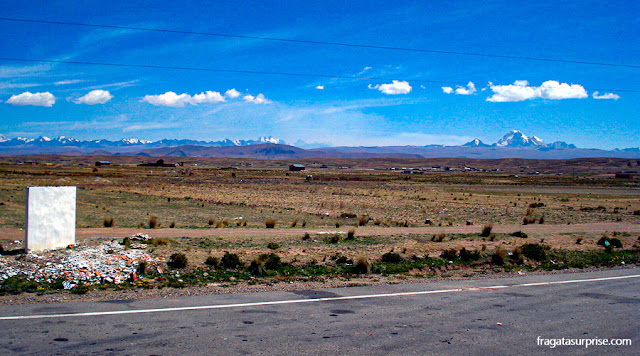 O Altiplano Boliviano no caminho entre La Paz e Copacabana