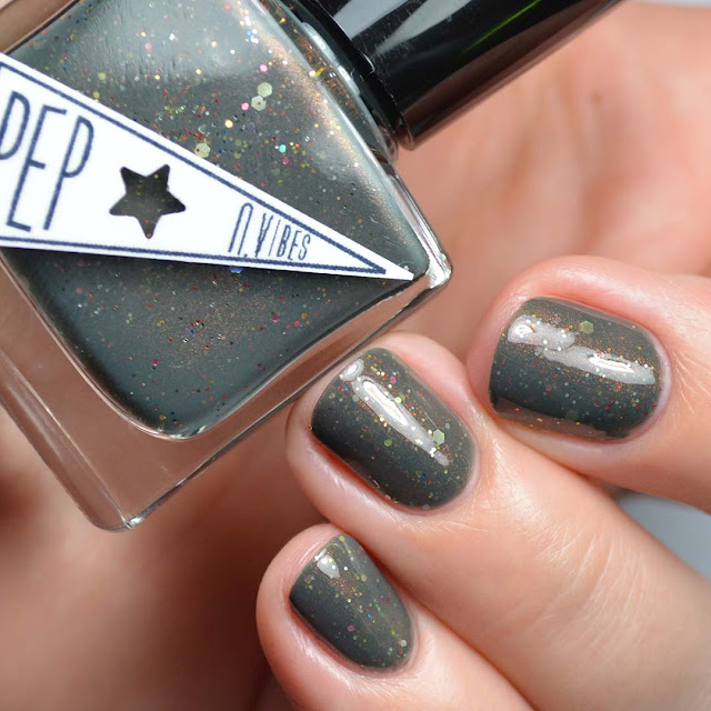 hunter green nail polish with glitter