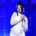 """Gravidíssima, Cardi B estreia novo disco com performance de """"Be Careful"""" no SNL"""