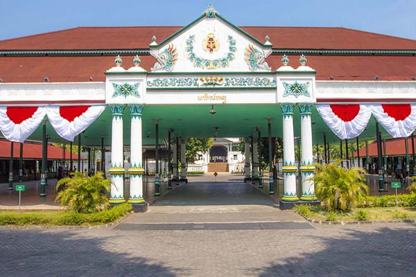 Sejarah Harga Tiket Masuk Lokasi Dan Fasilitas Wisata Keraton Yogyakarta Wisata Oke