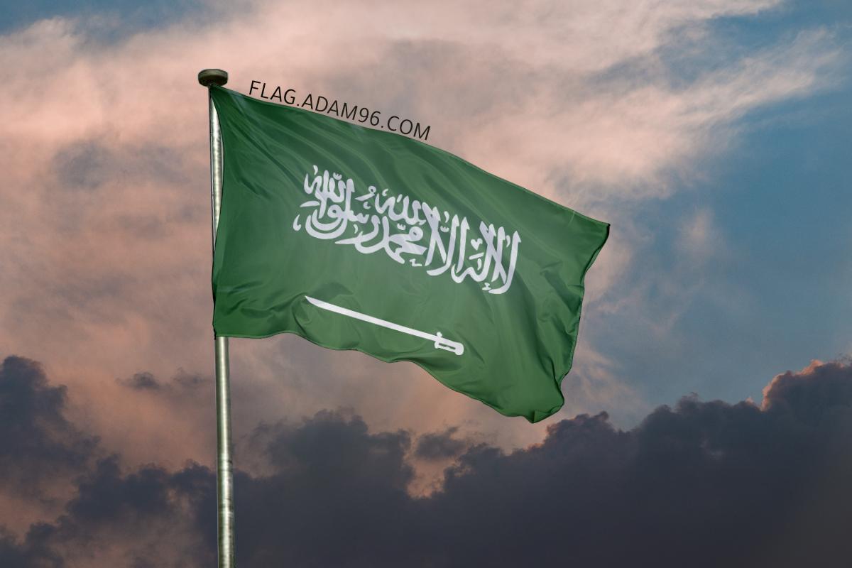 اجمل خلفية علم السعودية يرفرف في السماء خلفيات علم السعودية 2021