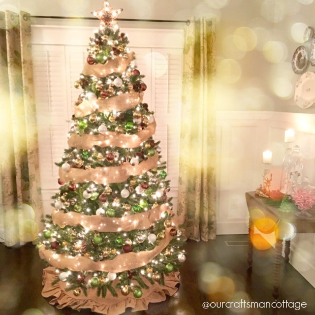 Craftsman style, Craftsman cottage, cottage style, board and batten, woodwork, wood floors, Christmas tree, Christmas, DIY Craftsman style, home tour, featured home.