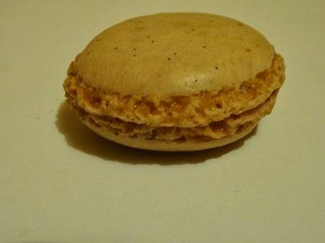 Le macaron à la vanille de Gâteau Thoumieux de Jean François Piège.