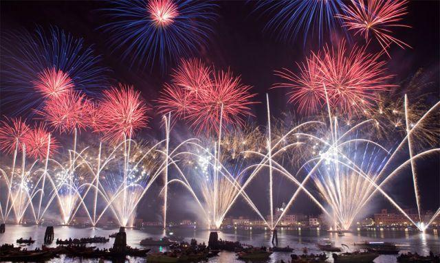 fuochi-d'artificio-venezia-poracci-in-viaggio