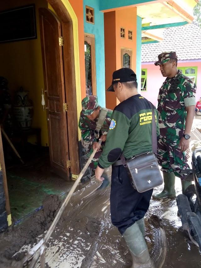 Dandim 0615/Kuningan Kerahkan Pasukan untuk Bantu Warga Korban Bencana