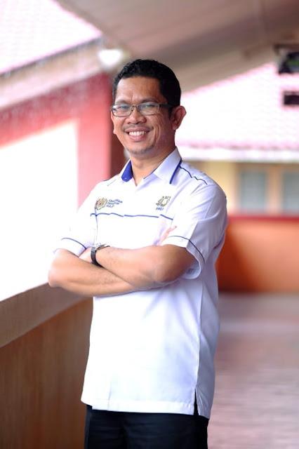 Cikgu Firdauz Abdullah, Guru Besar SK Pekan Nenas Pontian Johor