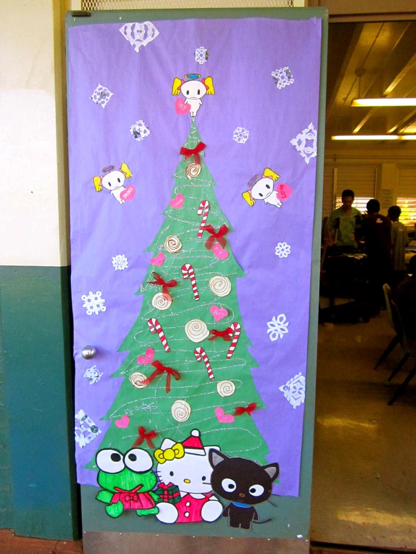 Highlands Intermediate Student Activities Christmas Door