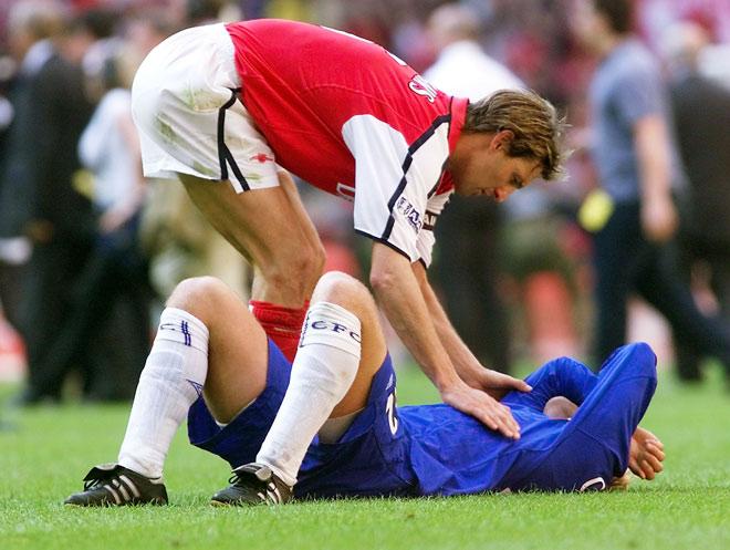 Chelsea loại MU, chớ vội mừng: Arsenal là hung thần ở chung kết FA Cup