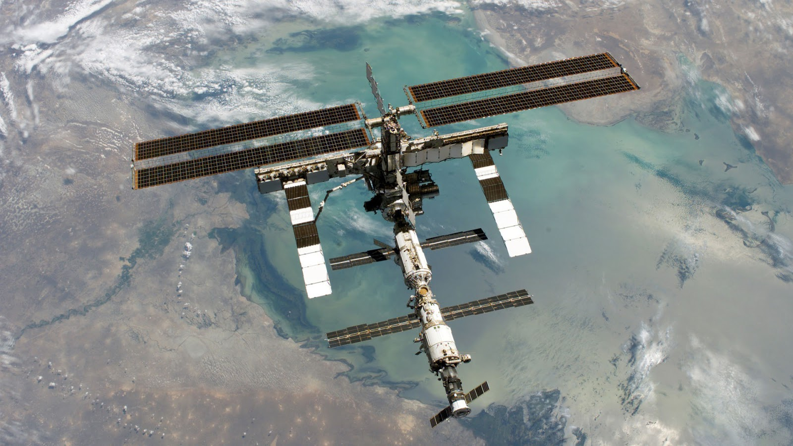 hi def space station - photo #35