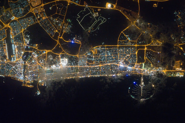 Satellite photo of Dubai and its lights as seen from space