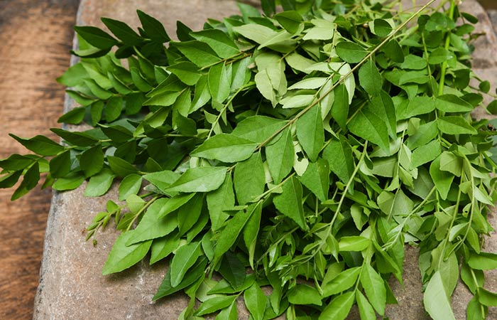 8. Folhas de curry