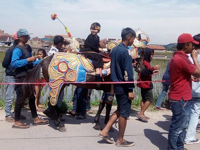 Contoh Naskah Sambutan Resepsi Khitanan Dalam Bahasa Sunda