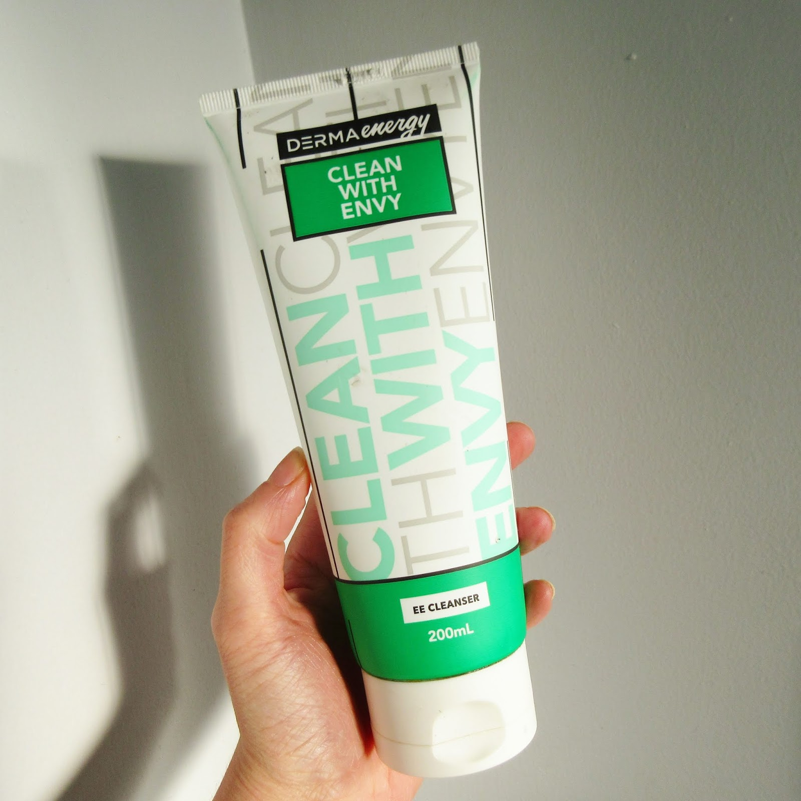 Derma Energy Clean with Envy Cleanser Review