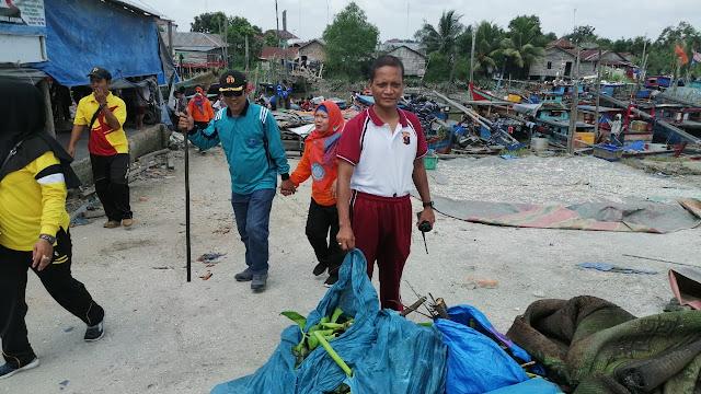 Polres Tanjung Balai bersama Forkopimda, Gotong Royong Membersihkan Sungai Kota Tanjung Balai