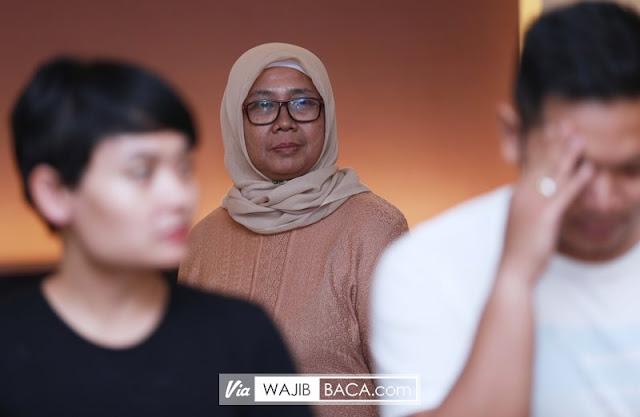 Memang Istri Harus Patuh Suami, Tapi Bagaimana Bila Suami Tak Peduli pada Mertuanya?
